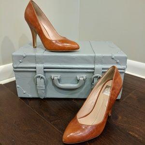 Marbled caramel heels
